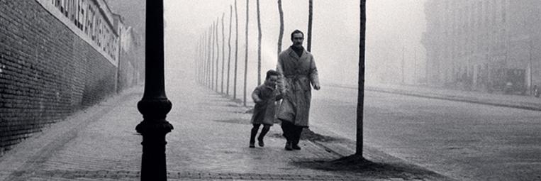 Capa do livro A Sombra do Vento, da série Cemitério dos livros esquecidos - Autor: Carlos Ruiz Zafón